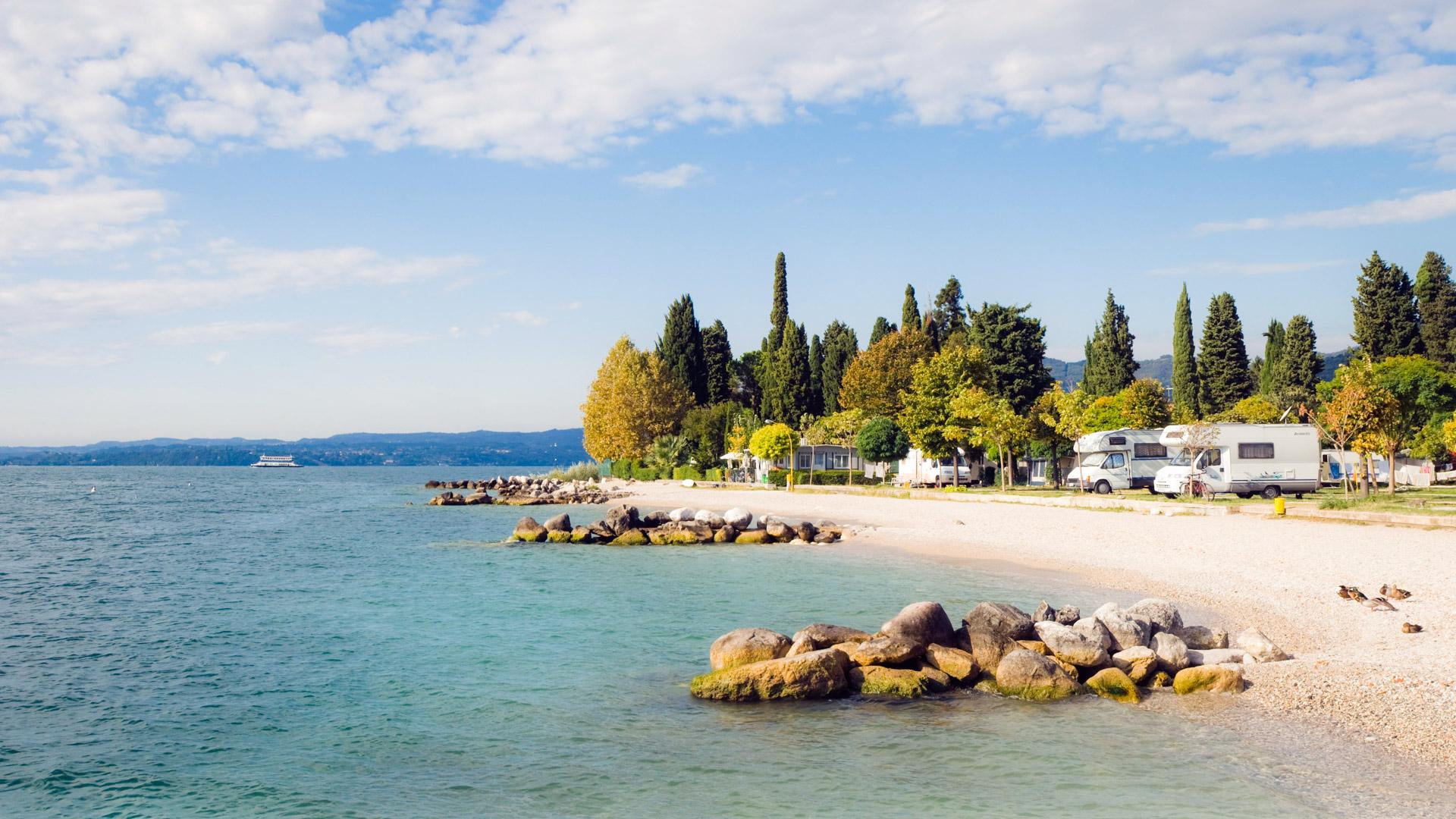 Mobilheim Kaufen Lago Maggiore : Camping lago maggiore: campingplätze adac reisen
