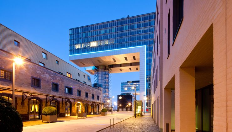 St dtereise k ln infos tipps angebote adac reisen for Schicke hotels hamburg