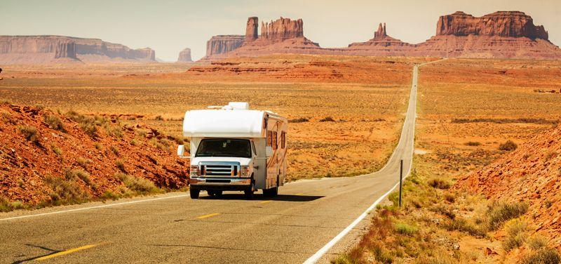 wohnmobil camper angebote infos adac reisen. Black Bedroom Furniture Sets. Home Design Ideas