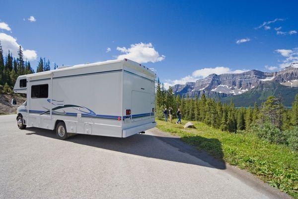 mietwagen wohnmobil camper mieten adac reisen. Black Bedroom Furniture Sets. Home Design Ideas