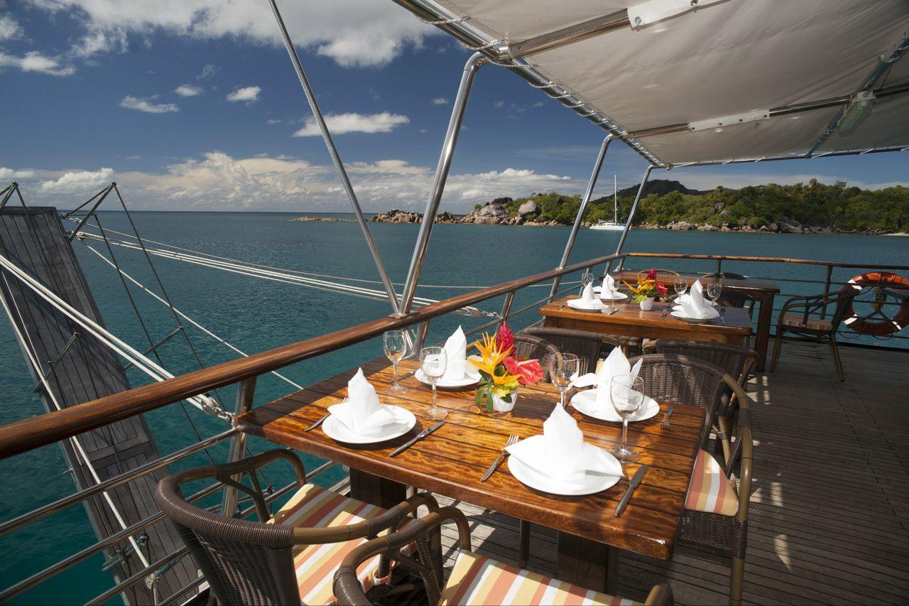Seychellen Kreuzfahrt Oberdeck Außenbereich