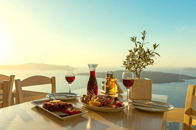 Griechenland gedeckter Tisch