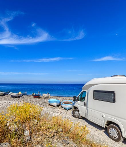 camping italien infos tipps angebote adac reisen. Black Bedroom Furniture Sets. Home Design Ideas